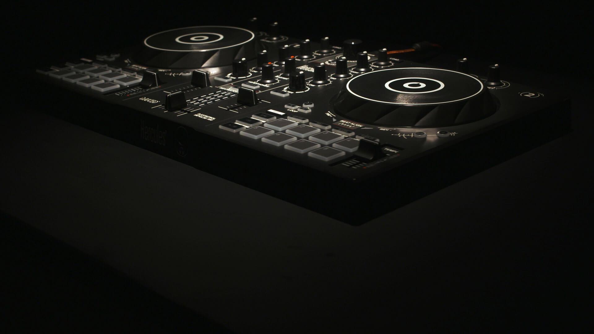 Thumbnail für das DJ Produktvideo der TymClyps Filmproduktion